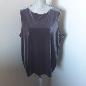 Chico's Traveler's Collection Sleeveless Top.